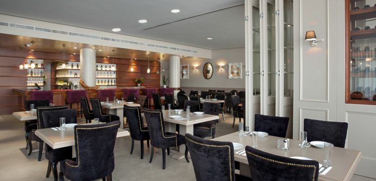 מלון סוויטות איילנד נתניה – חדר אוכל