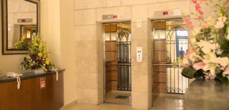 מלון אלדן ירושלים – מעליות אורחים