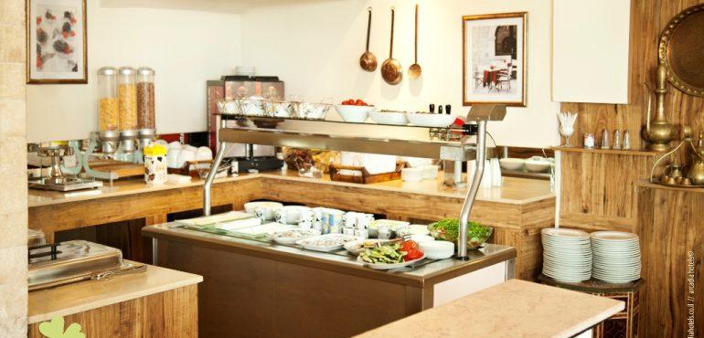 מלון גולדן ביץ' תל אביב – חדר אוכל