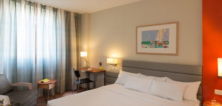 מלון גרנד ביץ' תל אביב – חדר