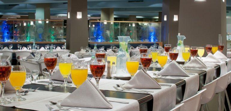 מלון יו קוראל ביץ' אילת – ארוחות משובחות בכל הטעמים