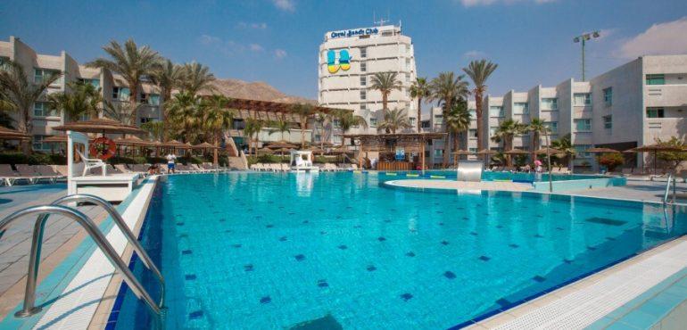 מלון יו קוראל ביץ' אילת – בריכת המלון