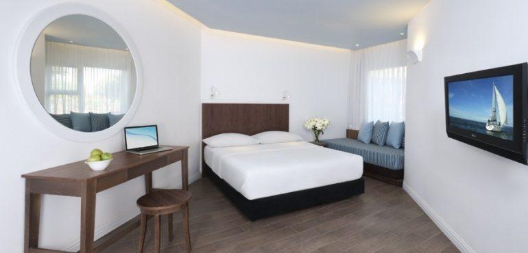 מלון יו קוראל ביץ' אילת – חדר שינה
