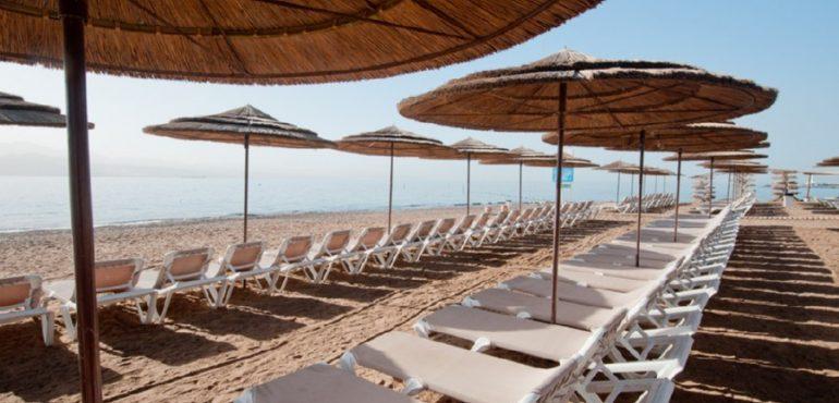 מלון יו קוראל ביץ' אילת – חוף המלון