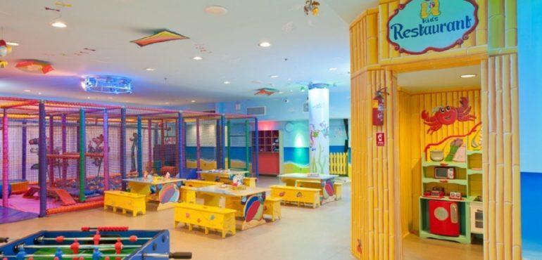 מלון יו קוראל ביץ' אילת – מועדון ילדים גדול עם מבחר אטרקציות