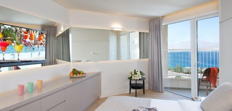 מלון יו קוראל ביץ' אילת – סוויטה במלון