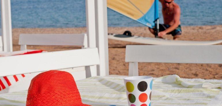 מלון יו קוראל ביץ' אילת – סתלבט על חוף המלון