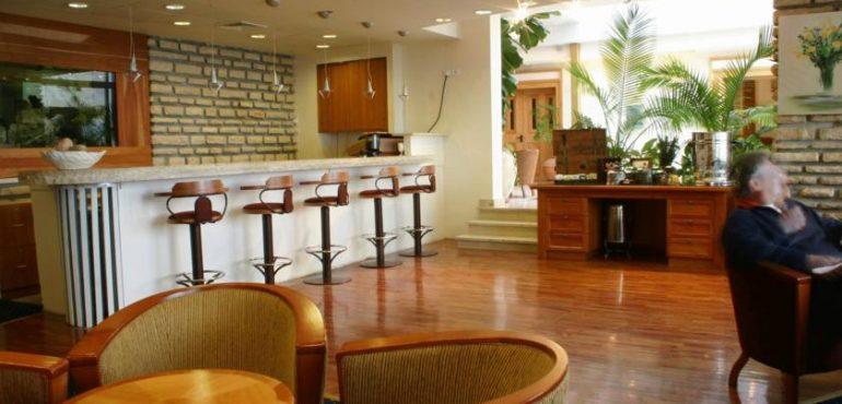 מלון כנען ספא צפת - לובי בר