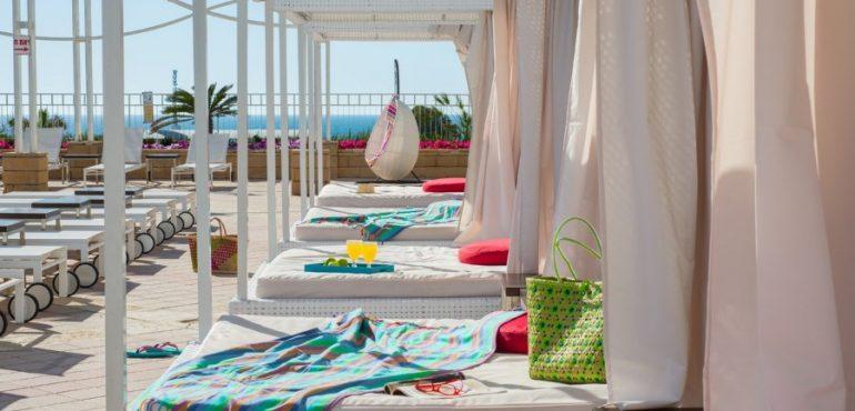 מלון לאונרדו אשקלון – בריכת המלון