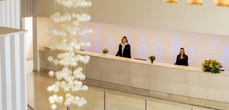 מלון לאונרדו אשקלון – קבלת המלון