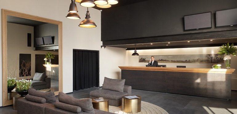 מלון לאונרדו בוטיק רחובות – מתחם הקבלה במלון