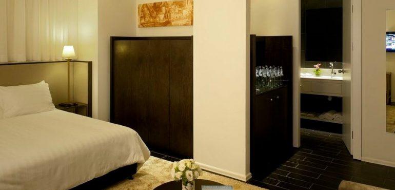 מלון לאונרדו בוטיק רחובות – סוויטה