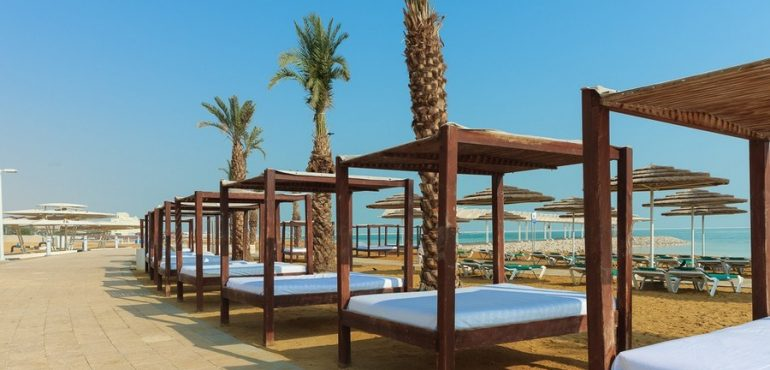 מלון לאונרדו קלאב הכל כלול ים המלח – חוף פרטי