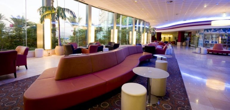 מלון לאונרדו קלאב הכל כלול ים המלח – לובי