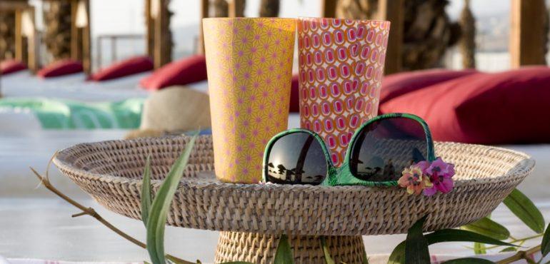 מלון לאונרדו קלאב הכל כלול ים המלח – מיטות שיזוף וערסלים בחוף הים
