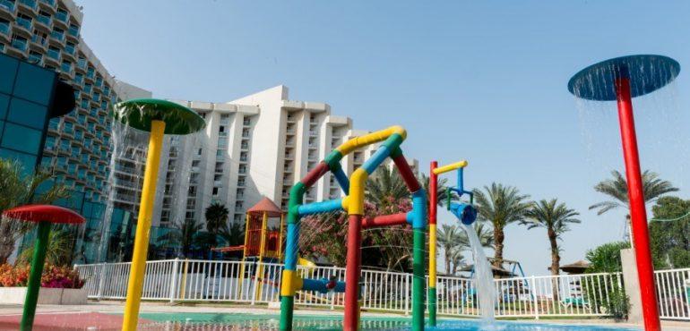 מלון לאונרדו קלאב הכל כלול ים המלח – פארק מים