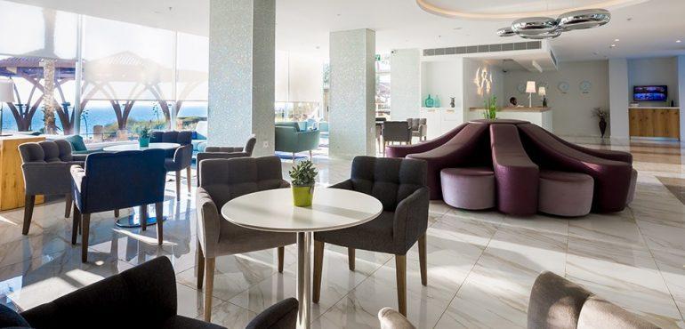 מלון רזידנס נתניה – לובי