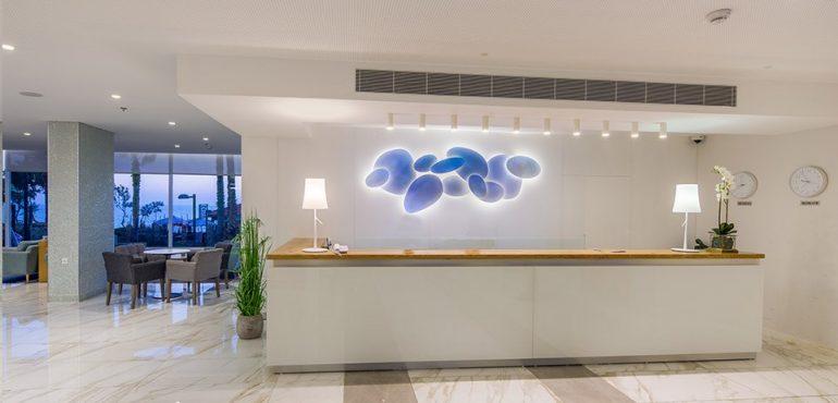 מלון רזידנס נתניה – קבלה