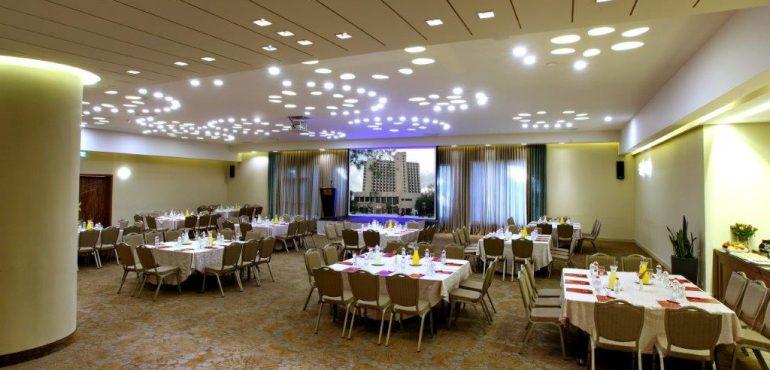 מלון רמדה ירושלים – אולם מלכת שבא