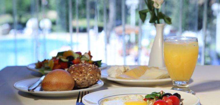 מלון רמדה ירושלים – ארוחת בוקר