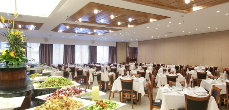 מלון רמדה ירושלים – חדר אוכל דוד ויהונתן