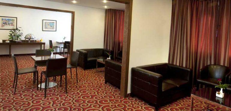 מלון רמדה ירושלים – טרקלין עסקים