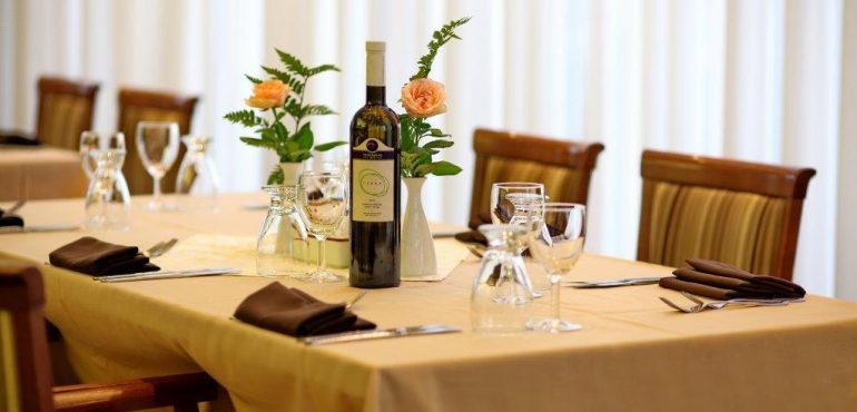 מלון רמדה ירושלים – מסעדת תמנע – בשרית