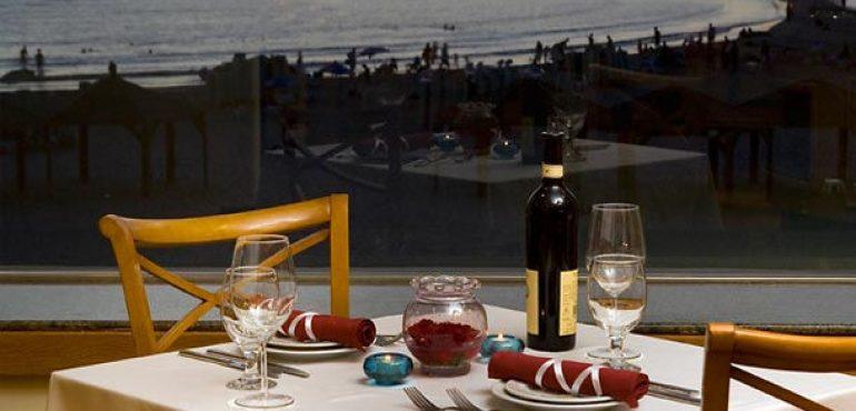 מלון רנסנס תל אביב – מסעדת סברס